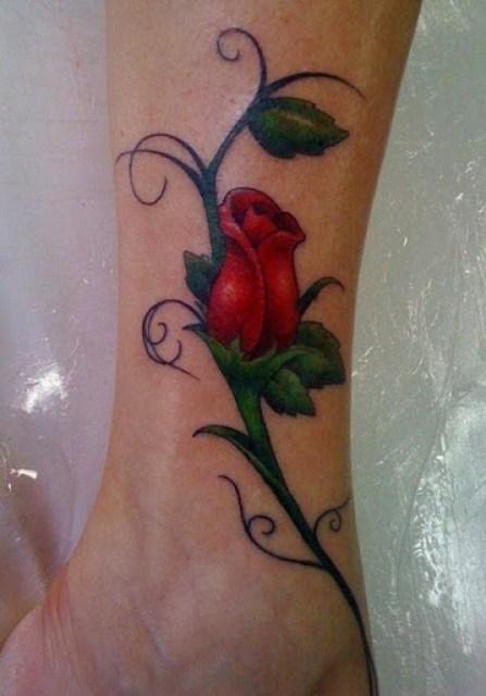 rose tattoos on leg