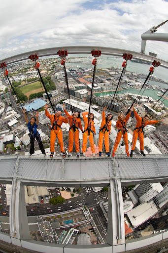 Auckland's Skytower SkyWalk