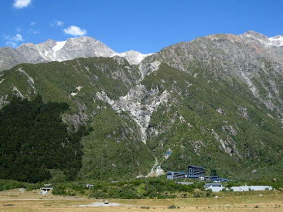The Hermitage, Mount Cook Village, dwarfed by the surrounding mountains