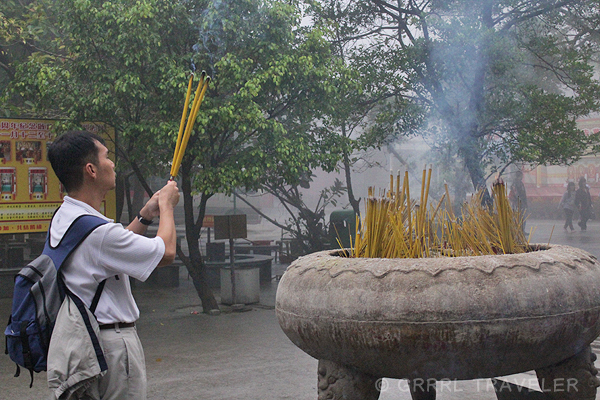 po lin monastery lantau island buddha