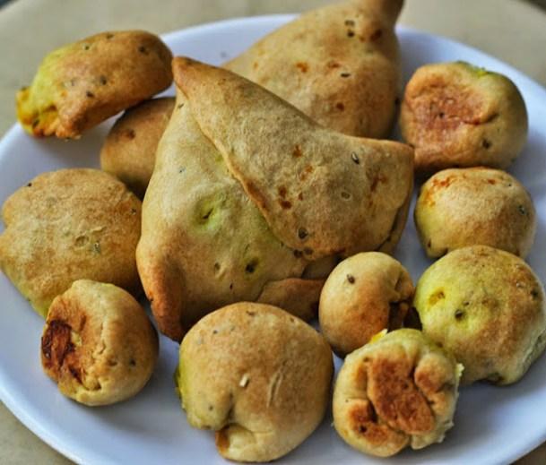 Baked Samosa Bites Recipe | How to Bake Samosas |Healthy Snacks | How to bake a Samosa Recipe | Written by Kavitha Ramaswamy of www.Foodomania.com
