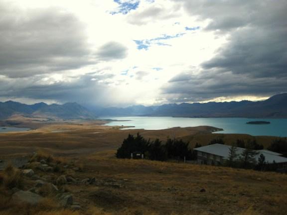 Blick auf Lake Tekapo vom Mount John
