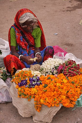 flower sellers for puja offerings