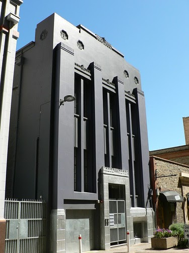 Facade Decoration Art Deco Buildings: Gilbert Place Apartments, Adelaide