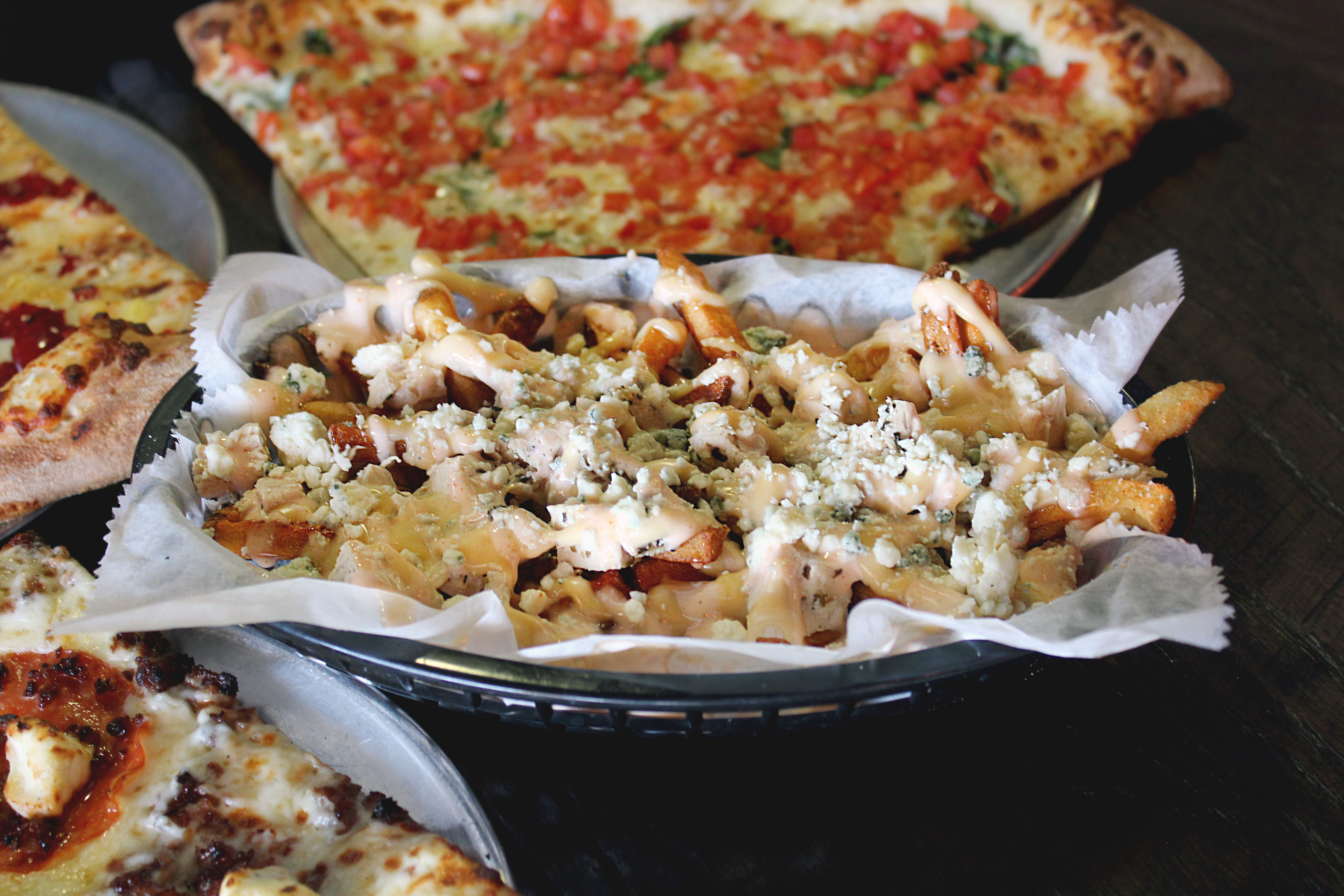 Restaurant Pizza Lighthouse Pizza Fries