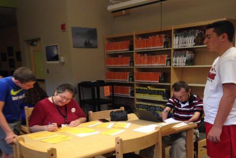 Latin 1 vs. Spanish 3: Classes battle for language title