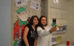 """Take your """"Elfie Selfie"""" today"""