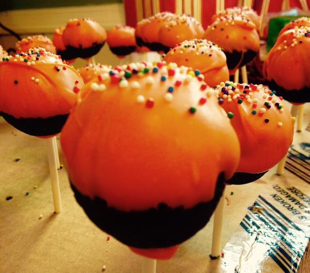 Lancer Media Kitchen: Cake pops are a treat, a gift, and welcome Spring!