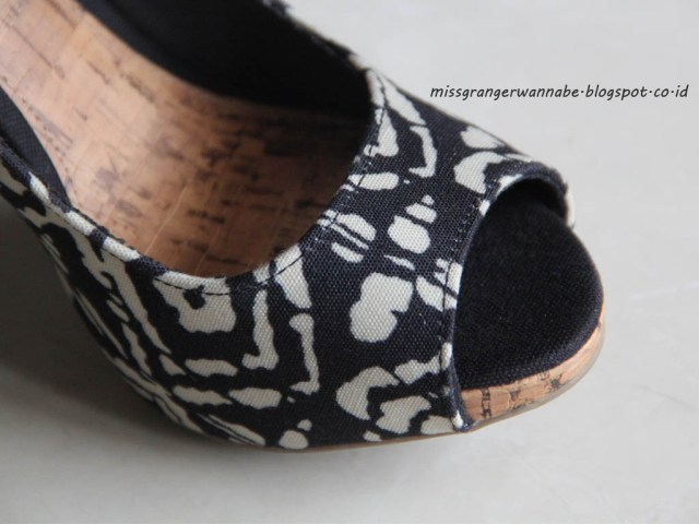 christian-sirano-payless-details