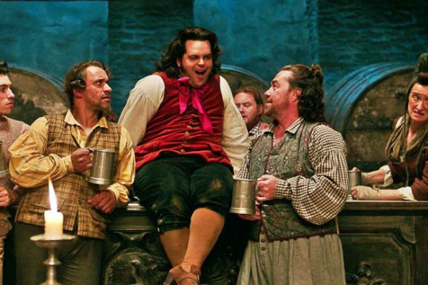 gallery-1488817735-josh-gad-lefou-beauty-and-the-beast