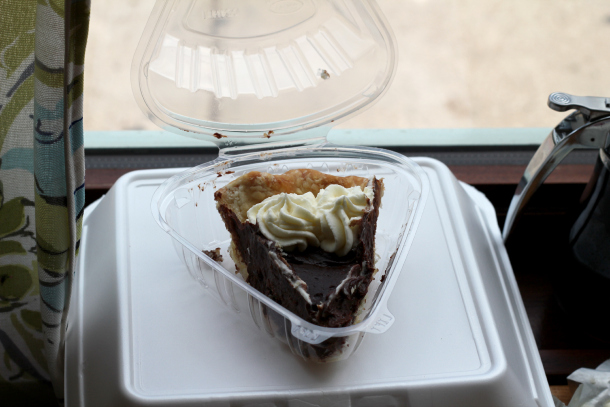 mexican-chocolate-pie-to-go-from-ladybird-diner