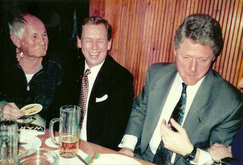 Hrabal, Havel, Clinton, sőr