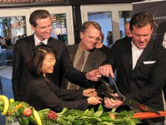 sf-chefs-8609-opening-ribbon-cutting