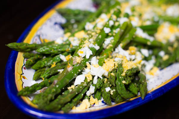 Asparagus and Eggs Mimosa Salad