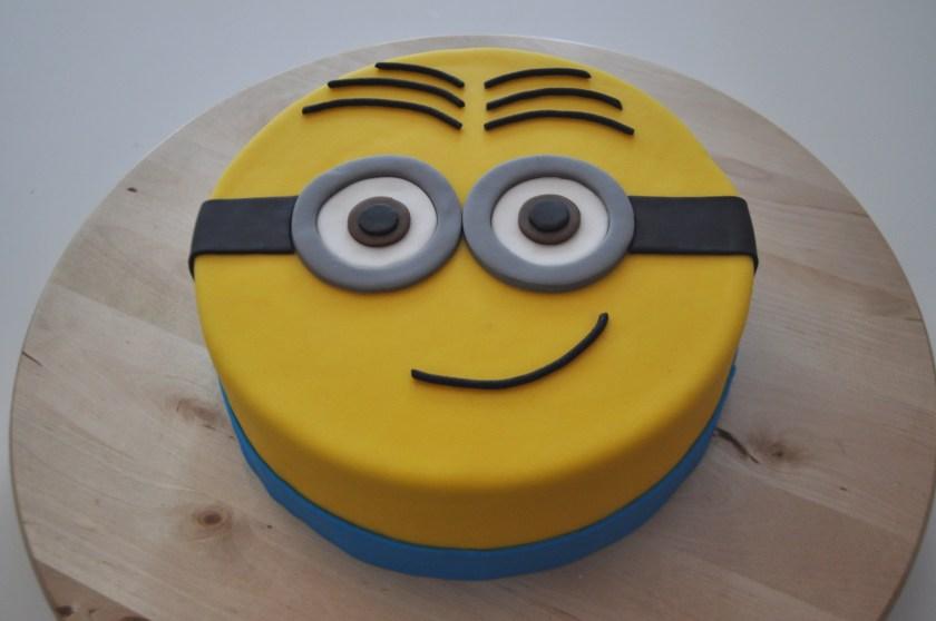 Minion taart liefde voor bakken - Decoreren van een gang ...