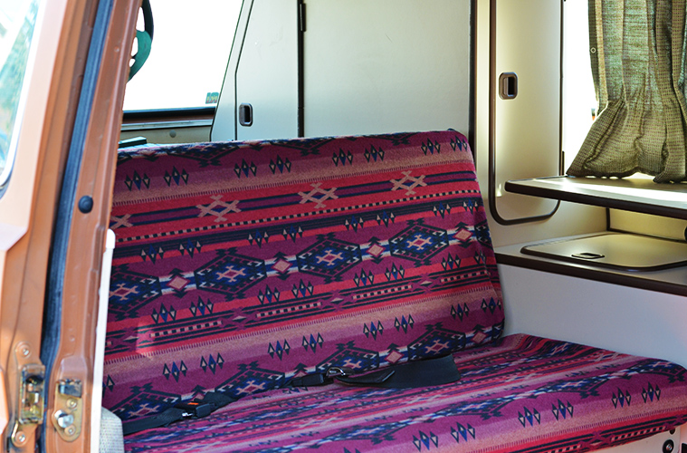 westfalia-bench-cover-diy-12