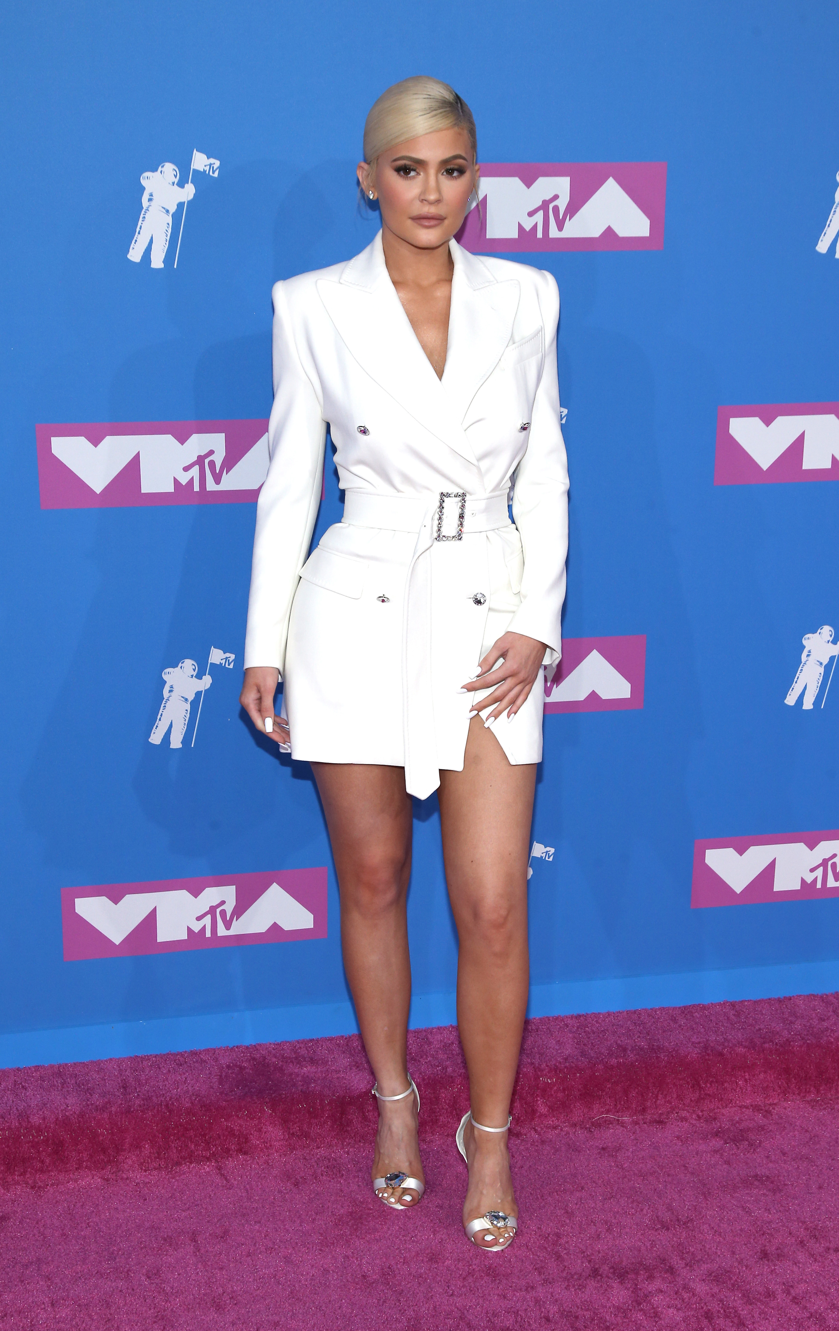 Tappeto Rosso Grande Mtv Vmas See The Best Dressed Celebs On The Red Carpet In 2018