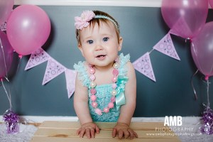 First Birthday Photo Shoot and 10 Tips for Stress Free Family Photos