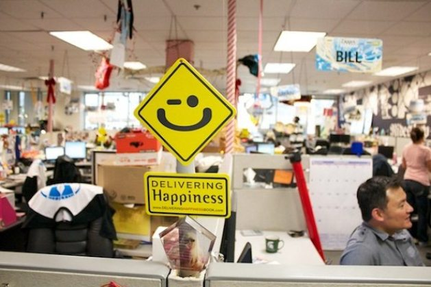 zappos-office
