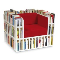 Bibliochaise, the chair with 300 books