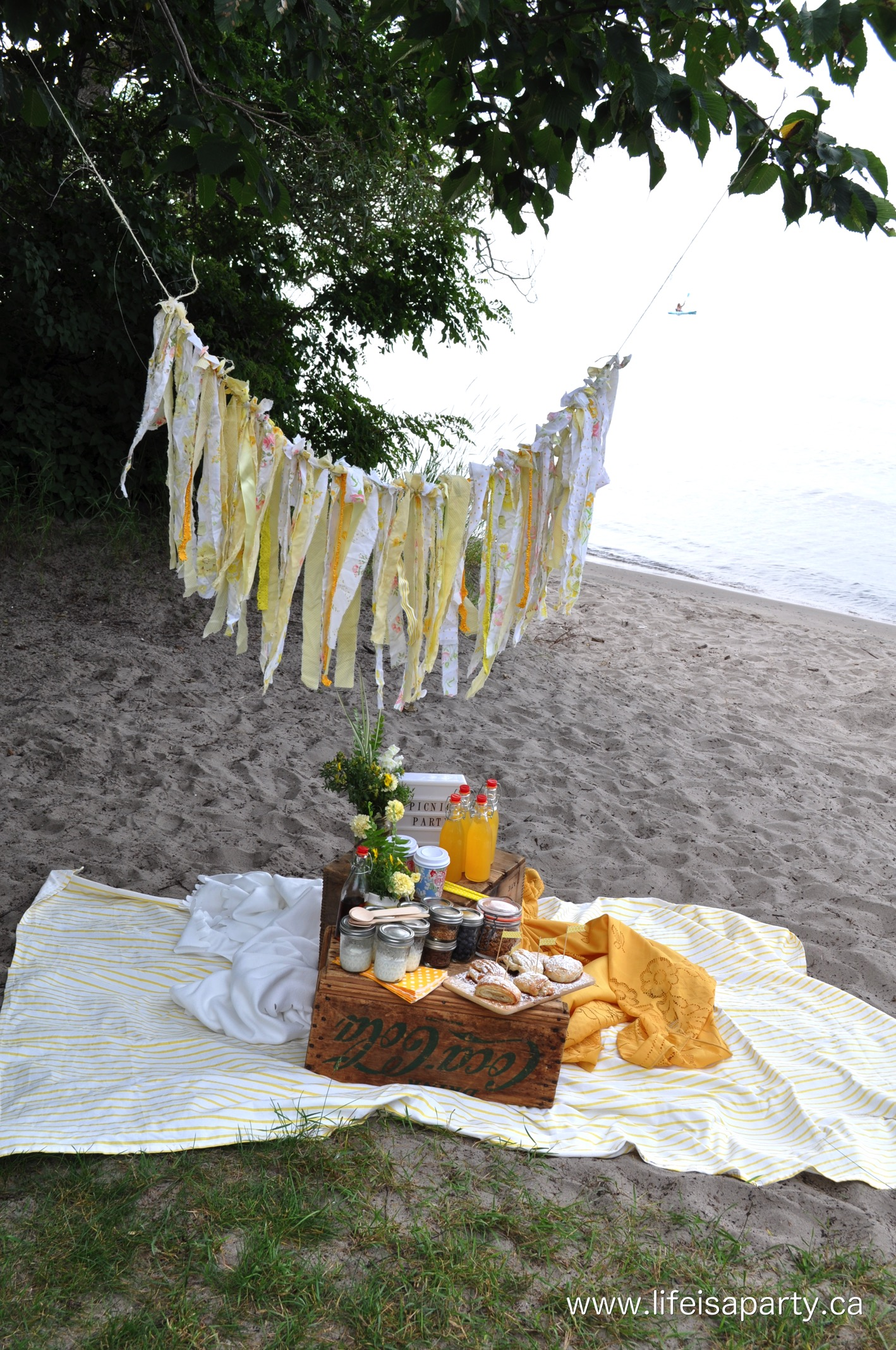 Picnic Decor Yellow Breakfast Picnic