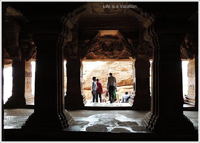 Badami-Cave3-Interior