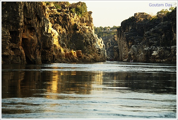 Boat Ride on Narmada through Marble Rocks, Jabalpur, India