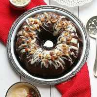 Maple Glazed Gingerbread Bundt Cake with Ginger Oat Streusel + Hodgson Mill Giveaway