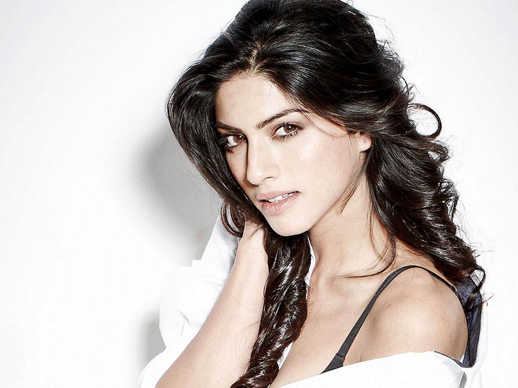 Dark Black Wallpaper Hd Sapna Pabbi Height Weight Age Affairs Bio Amp More