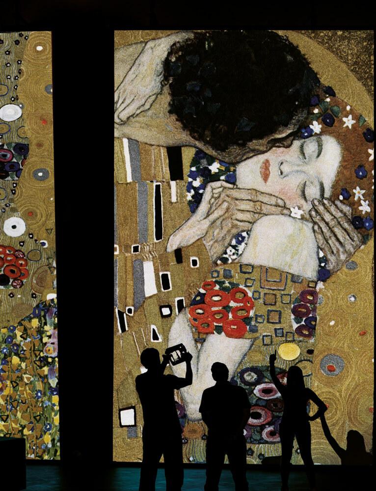 Klimt_Experience_bacio-verticale
