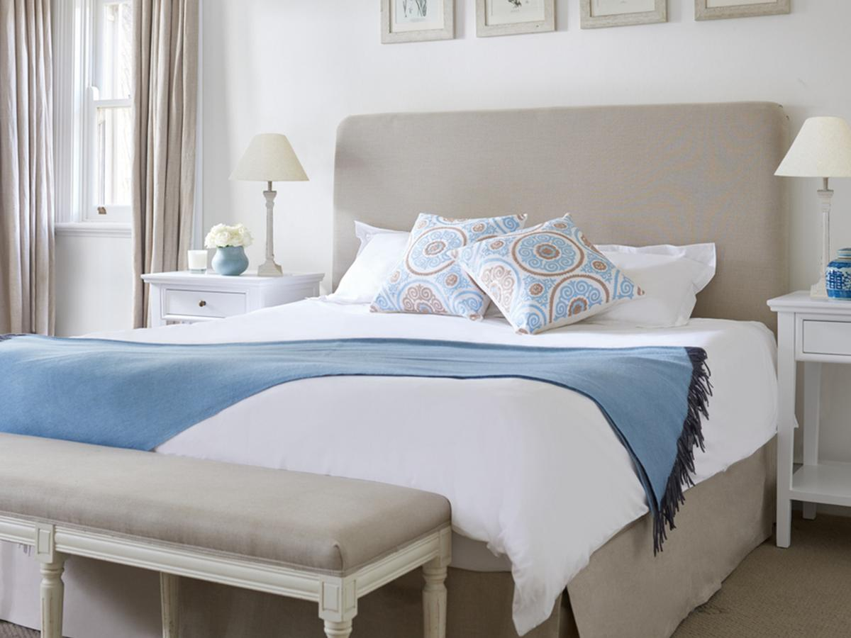 Hampton Style Bedrooms How To Achieve A Hamptons Style Bedroom Iproperty Sg