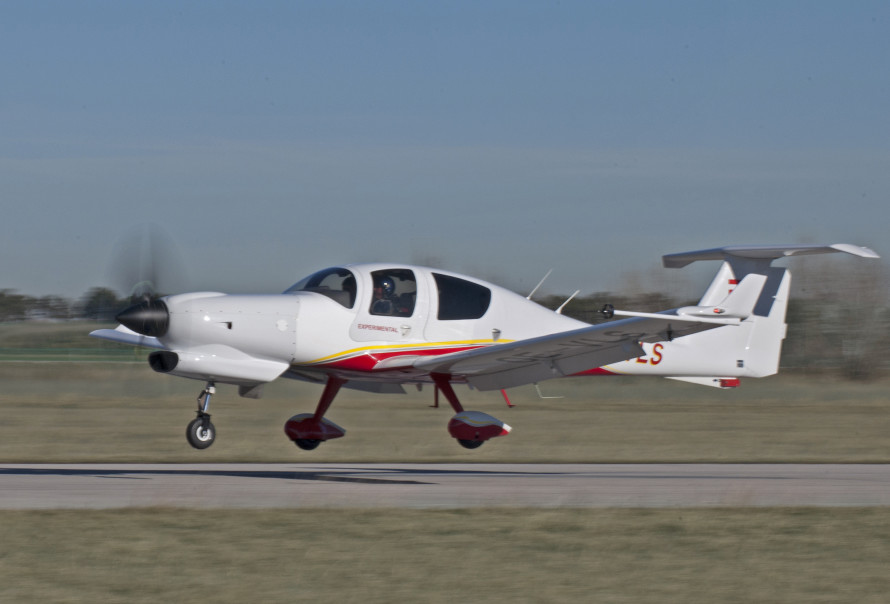 DA50-JP7_turbine_maiden_flight_1
