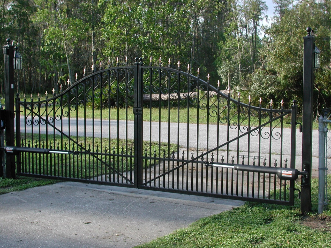 Automatic Gates Openers Residential Automatic And Electric Gates Frisco Tx Driveway Gate