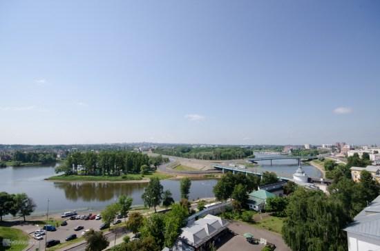 Панорама со звонницы Ярославского кремля