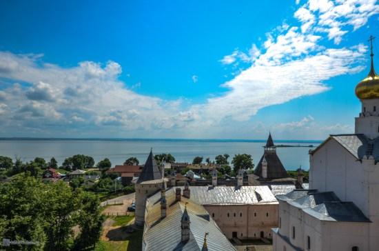 Вид с Водяной башни Ростовского кремля