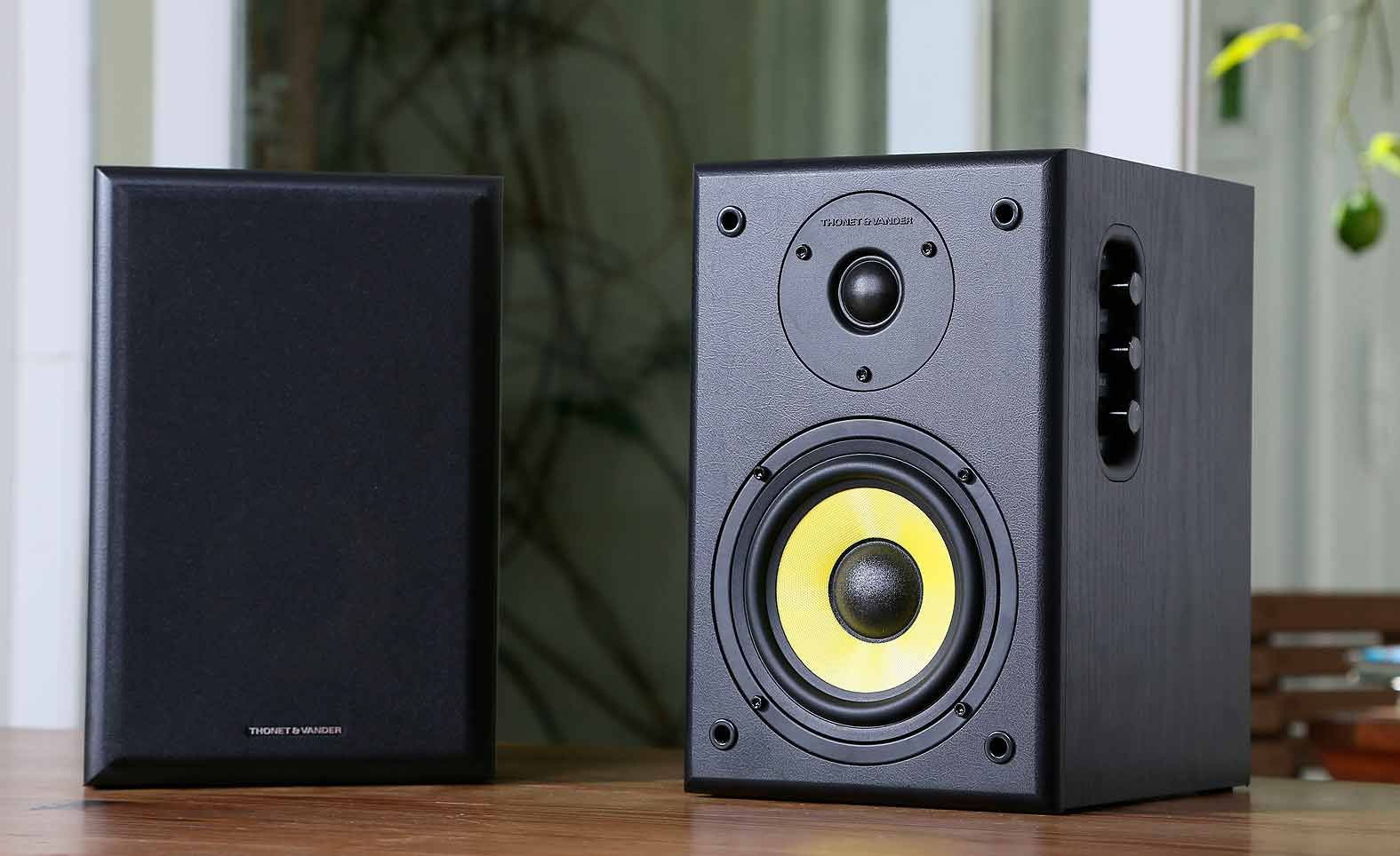 S 43 Thonet Das Boom: Thonet And Vander Kurbis Bt Speaker Review