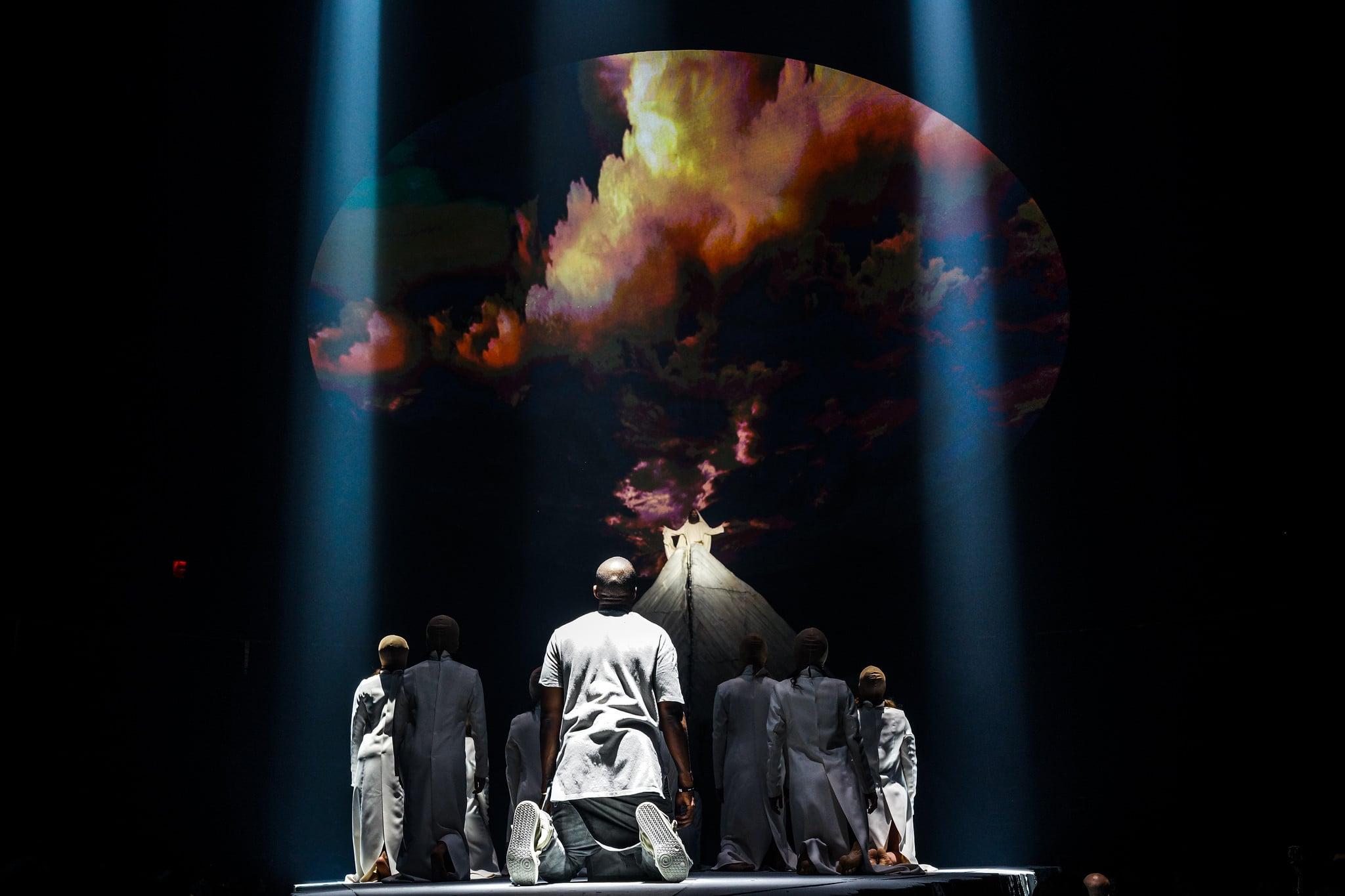 Www 3d Hd Live Wallpaper Com Kanye West Yeezus Tour Lightborne Communications