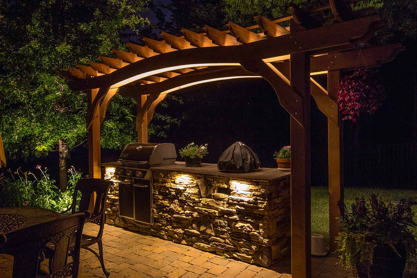 Low Voltage Lighting Outdoor Permanent Lighting Portfolio - Light Up Nashville