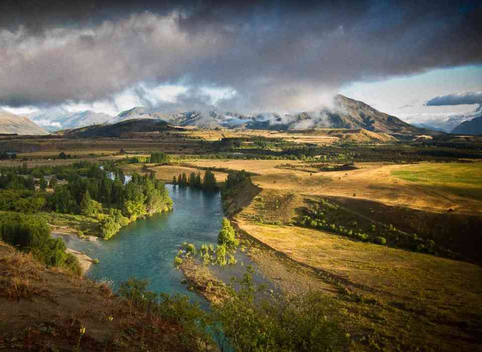 Clutha River by Donald Lousley.