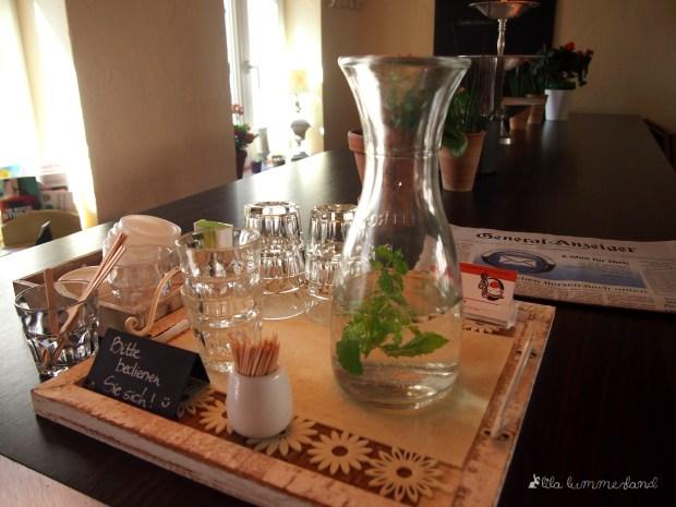 Mayras Wohnzimmer Cafe 53225 Bonn
