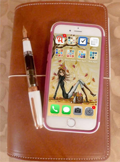 planners, mobile device, foxydori, fountain pen, twsbi, iphone, iphone 6, bella pilar, tech gadget