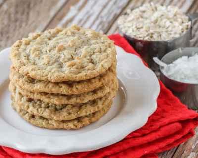 EASY Oatmeal Coconut Cookies Recipe (+VIDEO) | Lil' Luna