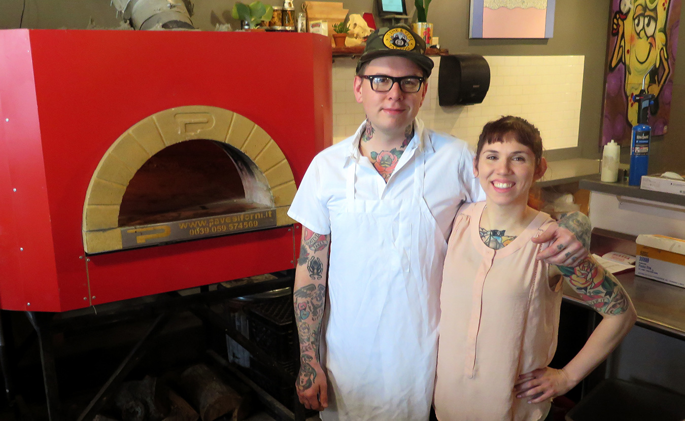 Pizzastand Oven B Town Becoming A Bootstraps Community Of Unconventional