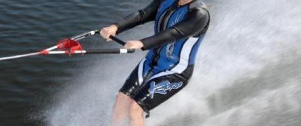 karen waterskier mag 22 cropped