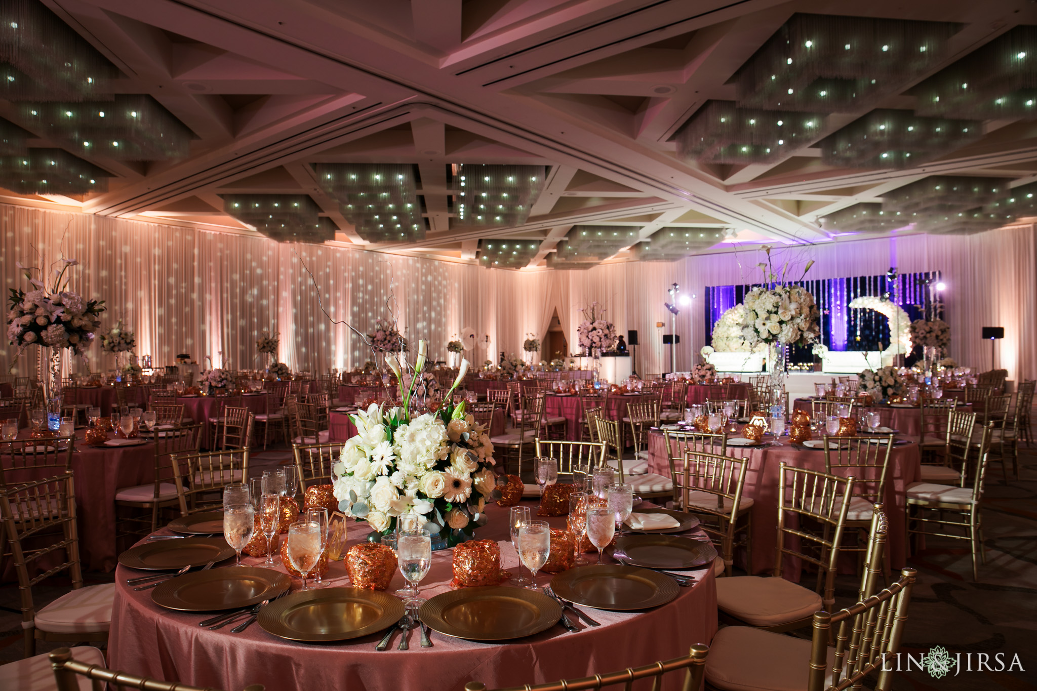 Hotel Irvine Hotel Irvine Joint Indian Wedding Reception Sarbjit Sanjay And