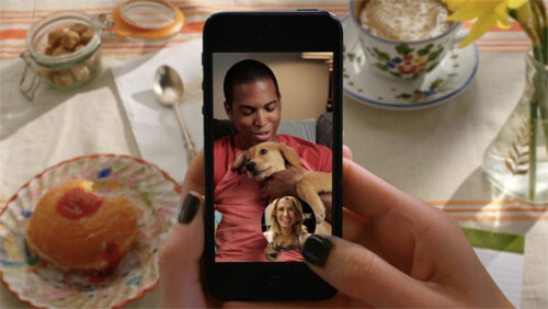 Snapchat adds mobile messaging + video chat. Photo credit: Digitaltrends.com
