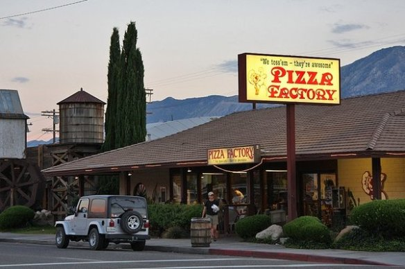 Lone Pine pizza factory