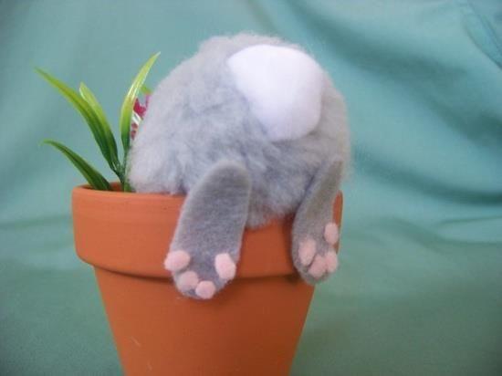Påskedekorasjon kanin i potte