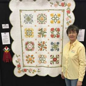 Award winningquilt by Lindee Goodall