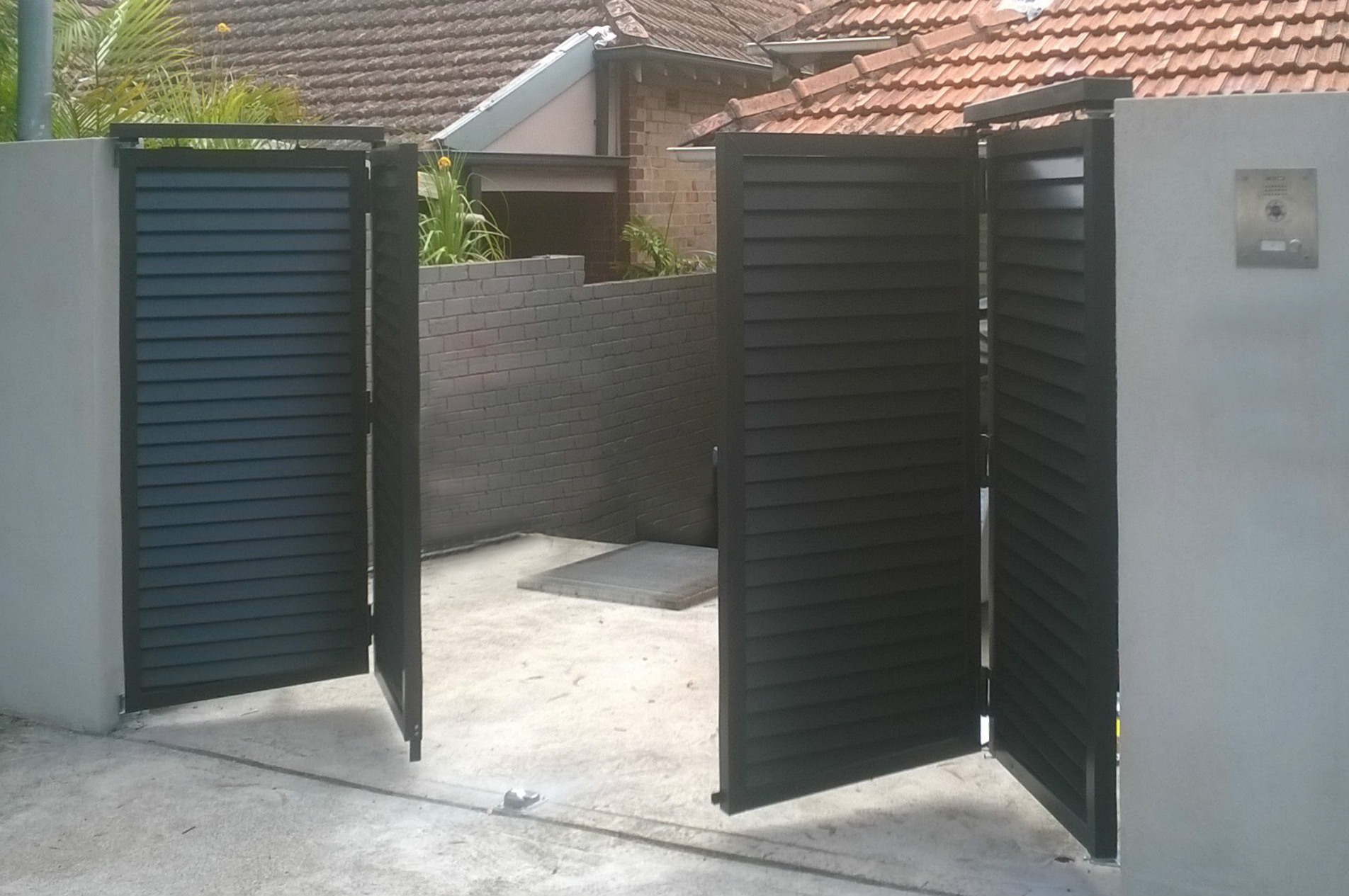 Automatic Gates Openers Residential The Ten Things You Must Consider When Buying Automatic Gates